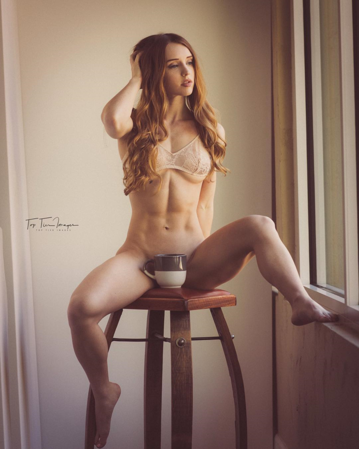 【画像】筋肉女子「鍛え上げた裸の身体をインスタに晒すンゴww」パシャ → → →  [679785272]->画像>21枚